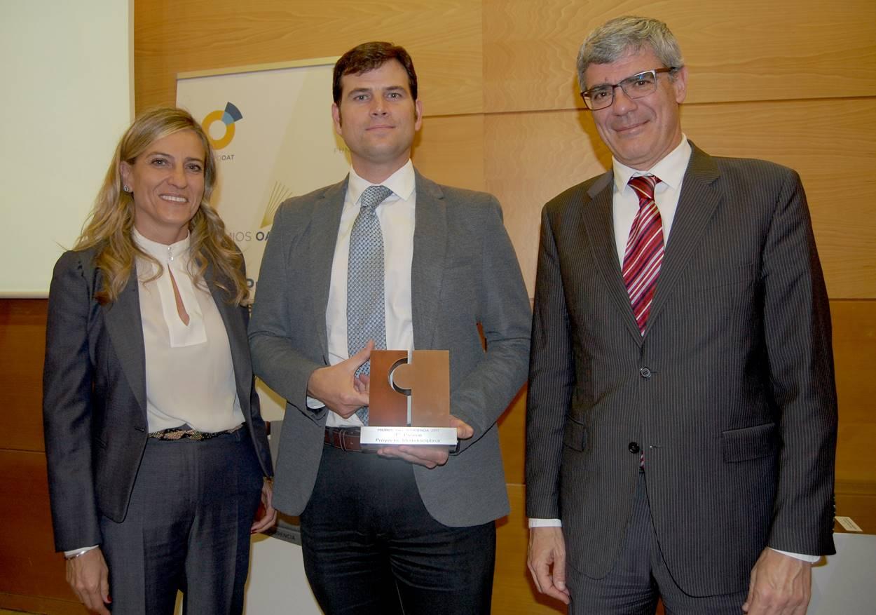 El Dr. Borja Ibáñez  recibe el premio