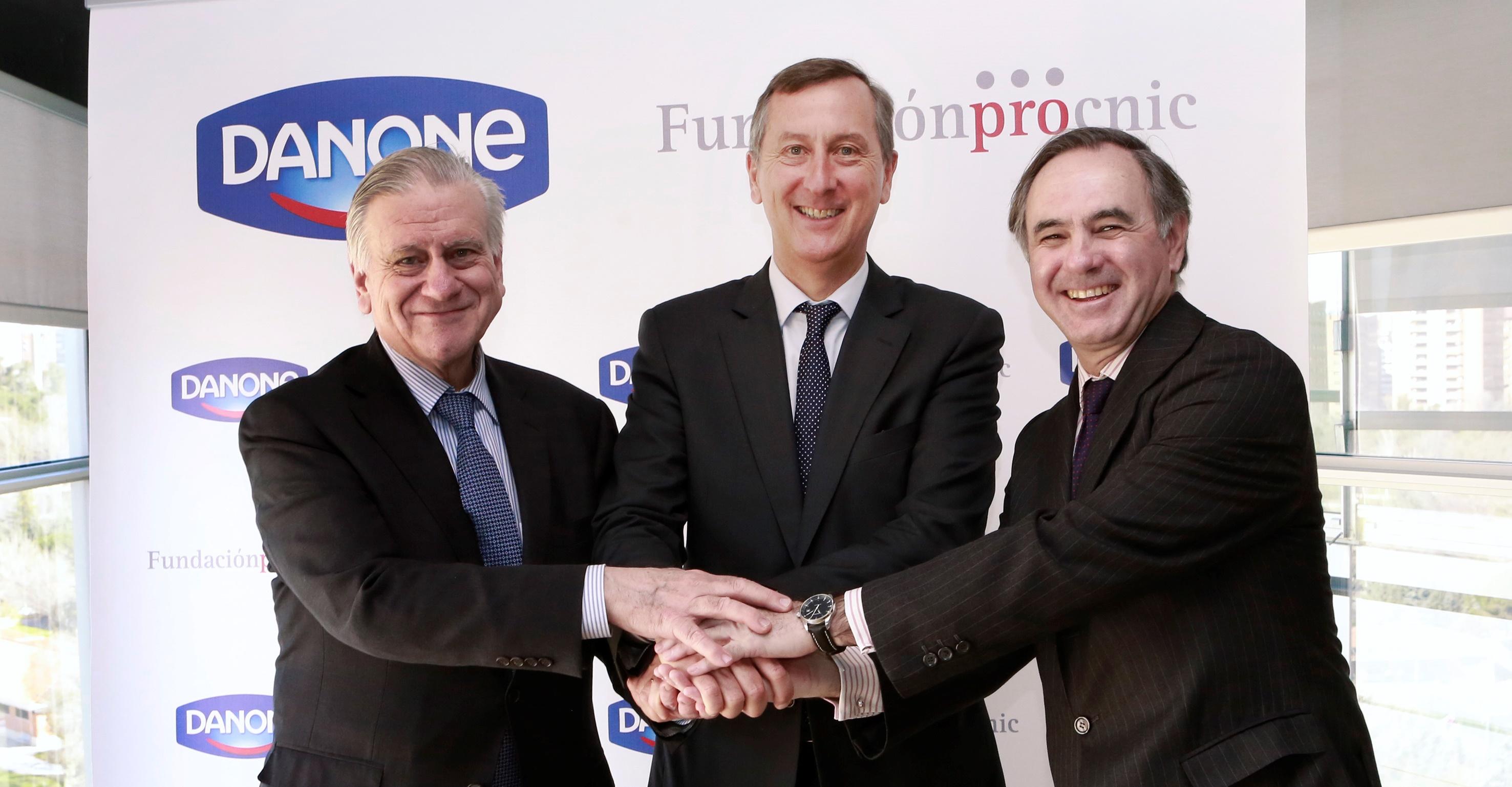 Valentín Fuster, Director del CNIC, Jerome Boesch, Presidente y Consejero Delegado de Danone S.A., y Luis de Carlos, Presidente de la Fundación Pro CNIC