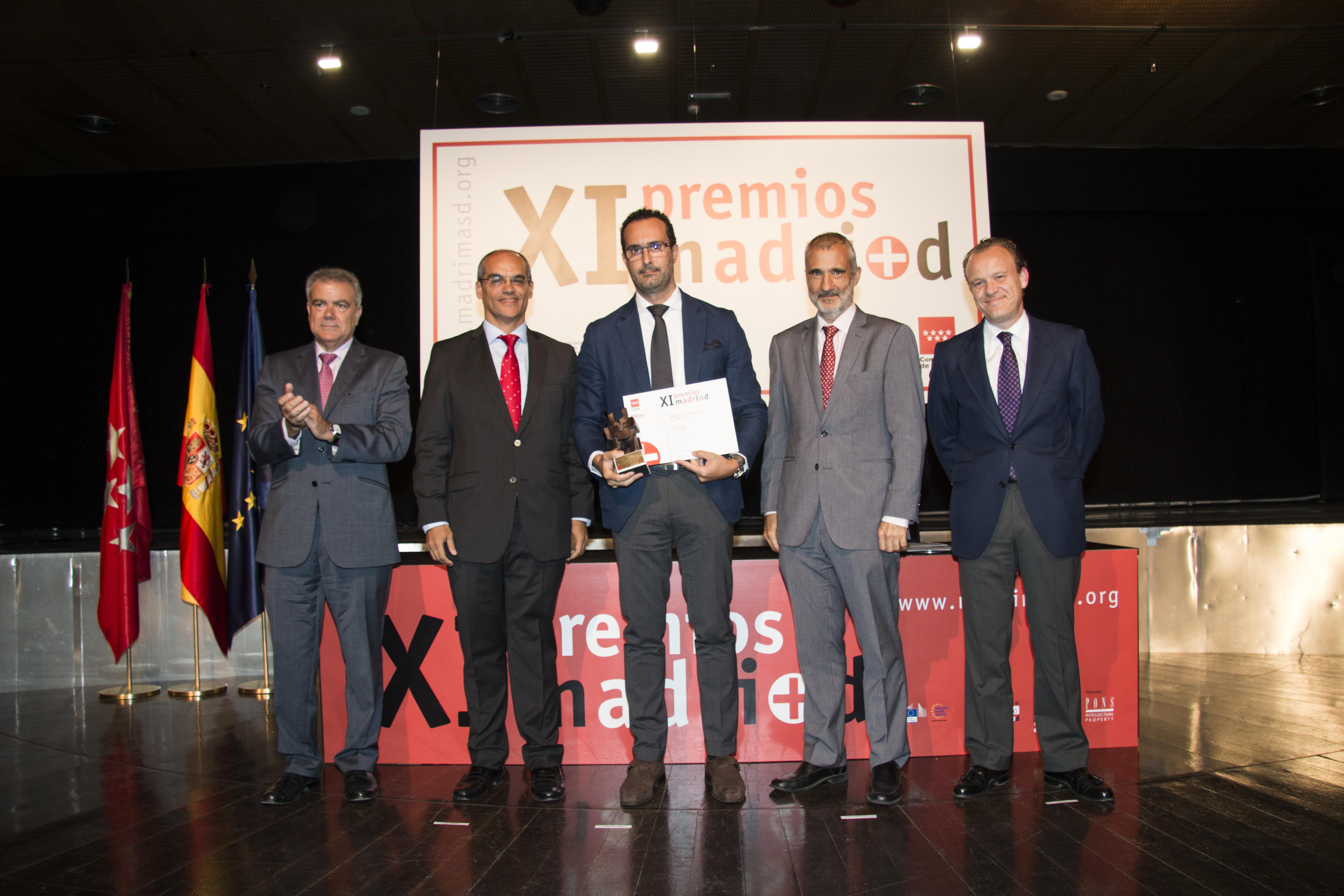 José María Castellanno recoge el Premio al mejor proyecto en cooperación